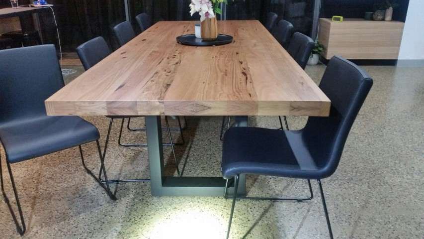 Phenomenal Dining Tables Chairs Stools Bar Chairs Download Free Architecture Designs Rallybritishbridgeorg