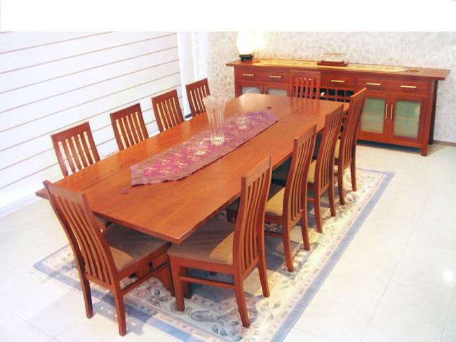 Brighton Red Gum Chairs And Table
